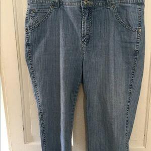 Gloria Vanderbilt Capri Jeans Sz 16W